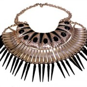 Riri Tribal spike necklace